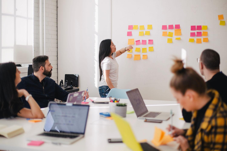 Hackathon - Innovation & Ideenfindung konzentriert